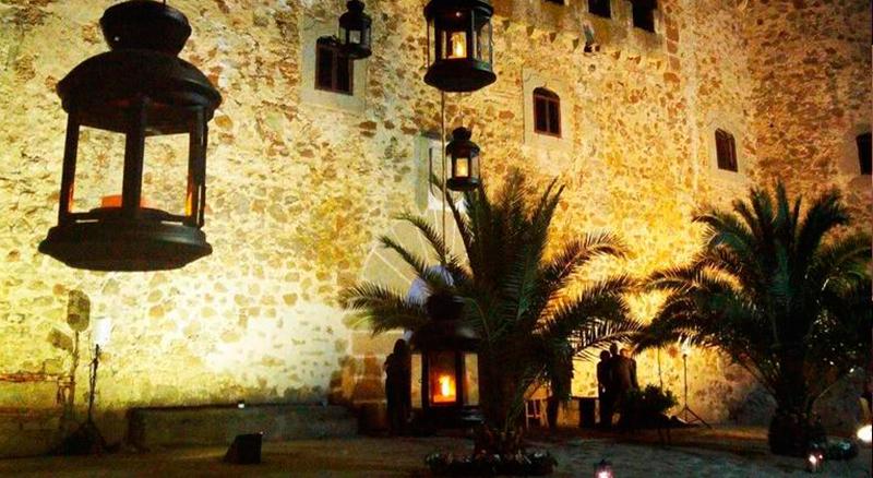 Casa Rural Castillo de Cáceres